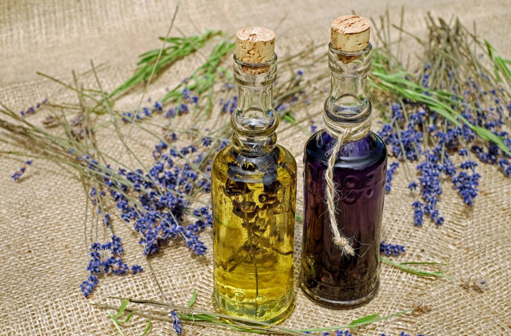 Lavender oil has both antiseptic and anti-inflammatory properties, which are used to heal minor burns and bug bites.