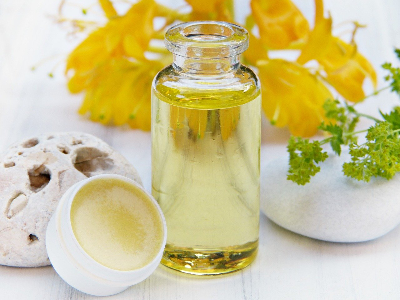 benefits of honey include skin products